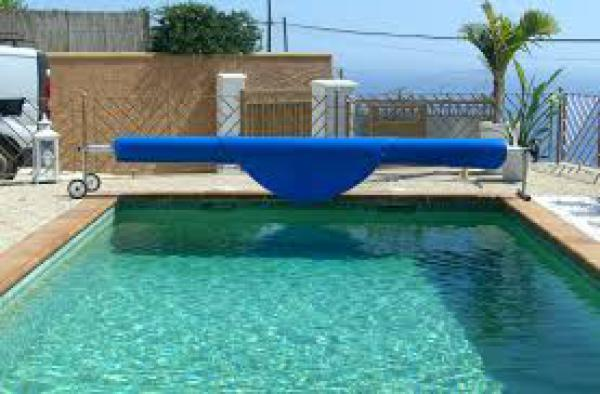 Swimming pool climatisation Nerja Torrox Almu�ecar