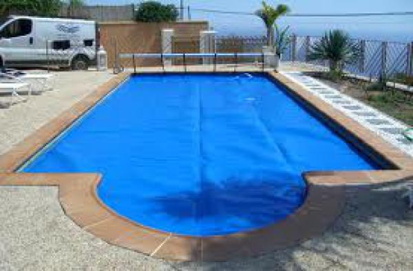 Pool maintenance Nerja Torrox Almuñecar