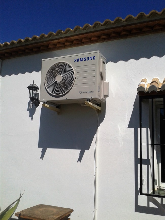 Air Conditioning Installation Velez Malaga