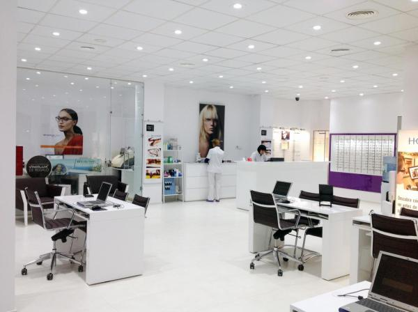 Optical service Eye test Glasses Fuengirola