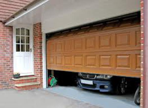 Automatic garage doors & gates Fuengirola
