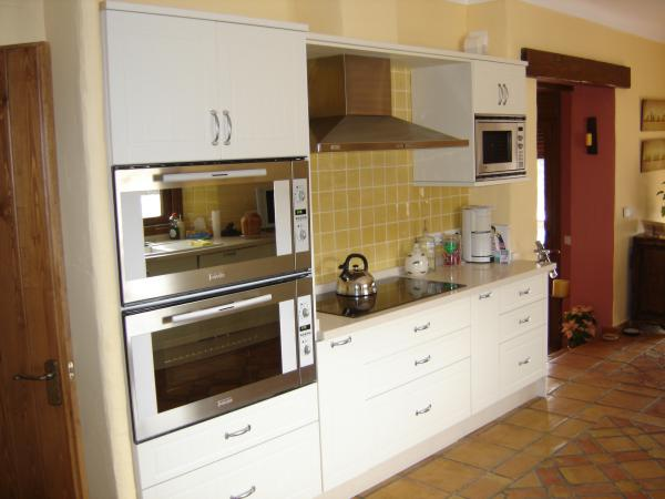 Quality Luxury Kitchens & Appliances Nerja