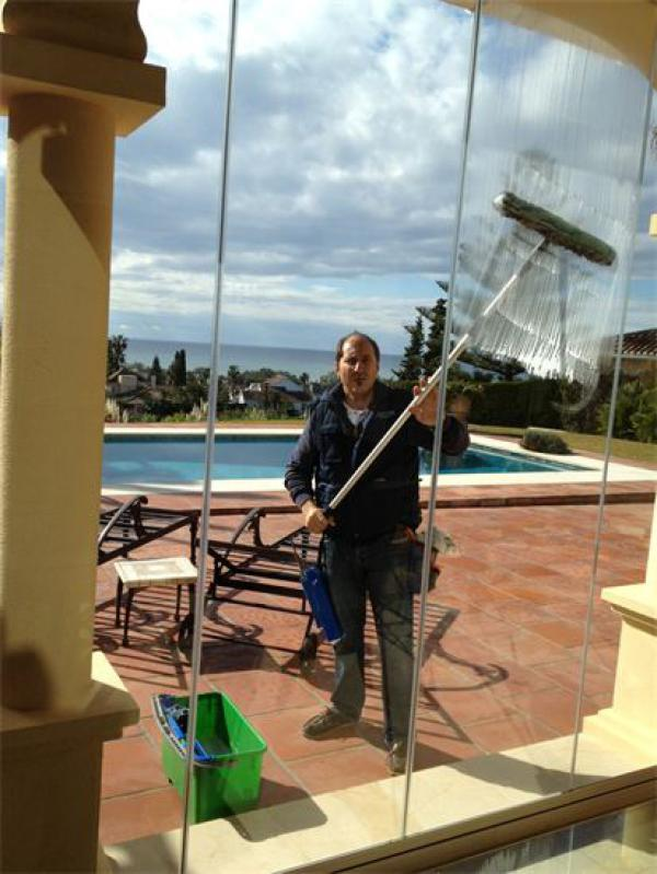 Window Cleaner Marbella