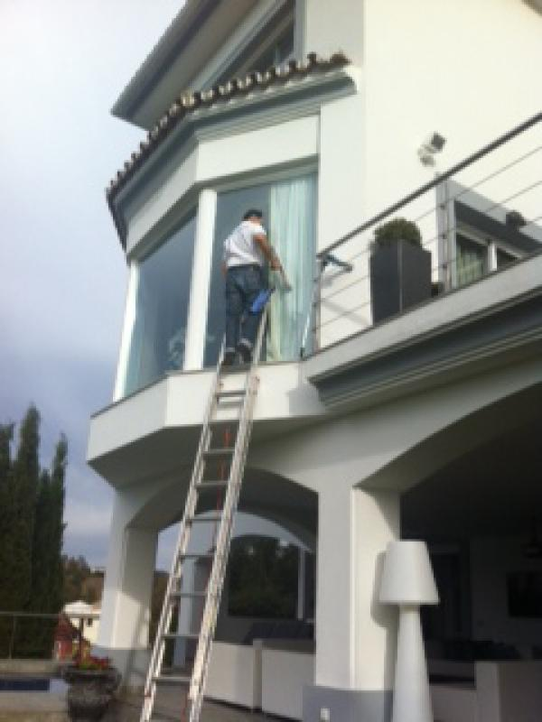 Villa Window Cleaners Marbella